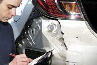 O seguro cobre os danos quando o carro está alienado?
