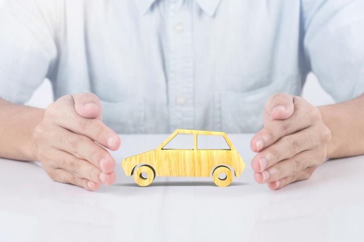 7 fraudes do seguro de carro que parecem loucuras (mas existiram)