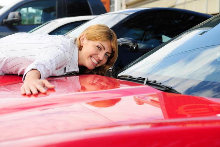 Pensando em comprar um carro? Veja como escolher um carro para o dia a dia.